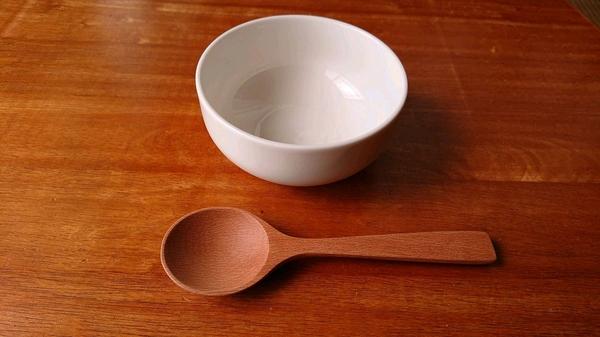 皿とスプーン.jpg