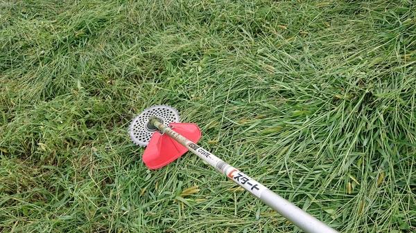 草刈り機 新しい.jpg